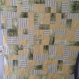 Yellow, green and gray quilt